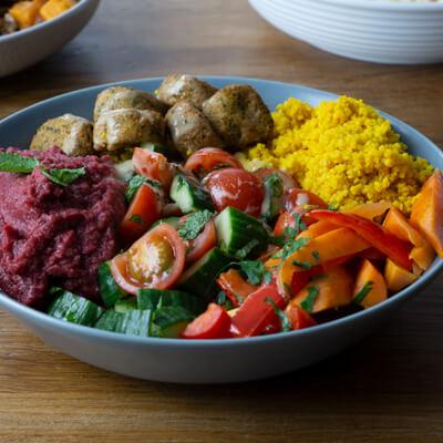 Aladdins Favourit mit Cous Cous und Falafel